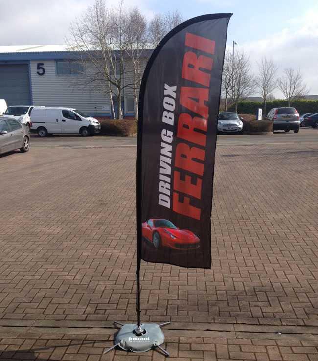 Wing Banner with Cross Water Bag Base application