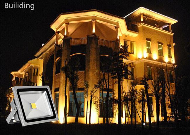 10W LED Flood Light Outdoor Landscape Lamp application 3
