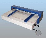 Paper creasing machine