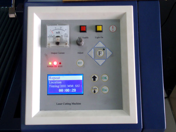 "63"" x 33""  Detachable Board Laser Cutting Machine Control panel"