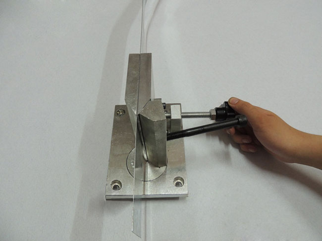Dual-axis Metal Channel Letter Angle Bender
